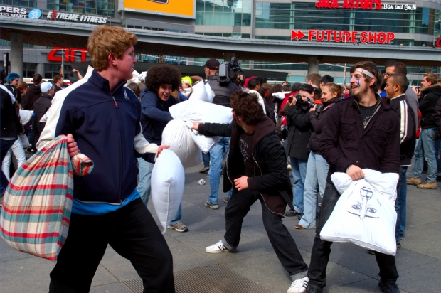 And they shall beat their pillows into blogs! (Pillow Fight! by Ian Mutoo,