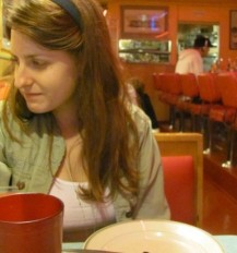 Blogger Nicole Villeneuve