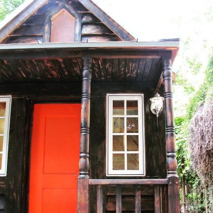 My tiny house, Leavenworth, in California